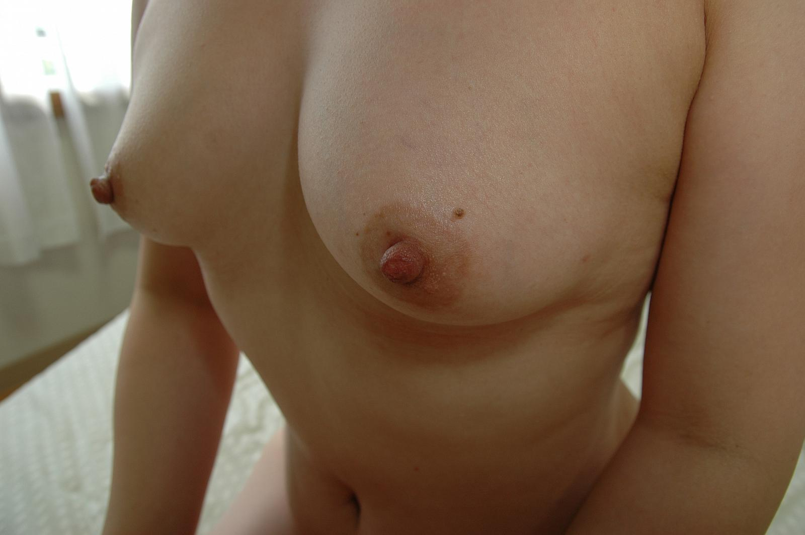 Sweet Asian Tits Deliver Suckable Cougar Nipples