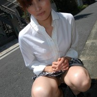 Upskirt Panty Peeks of Hot Japanese MILF, Chieko Kitani