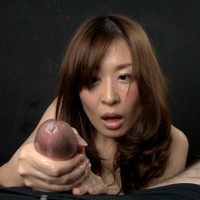 Hirako Saori Gives a Firm Handjob for A Big Squirt