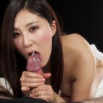 Fetish Babe Yuu Kazuki Uses Both Hands to make him Spurt