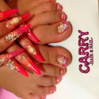 Sexy Gyaru Babe's Mind-Blowing Feet, Toenails and Fingernails