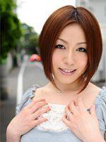Hot Asian lady Hiromi Tominaga loves posing
